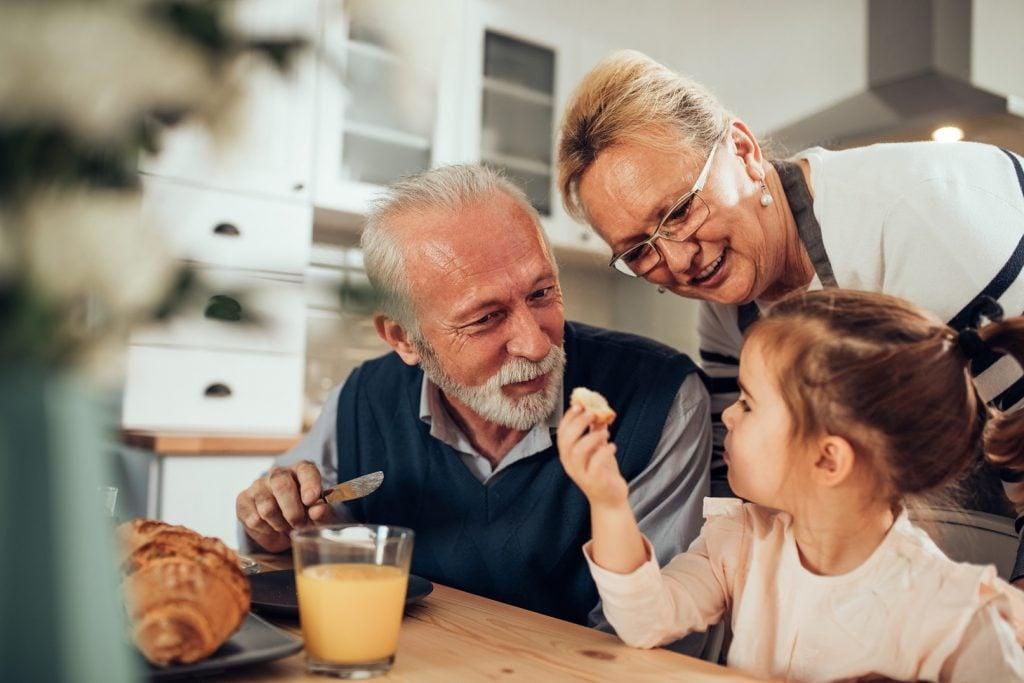 15 cosas que los abuelos no deberían hacer
