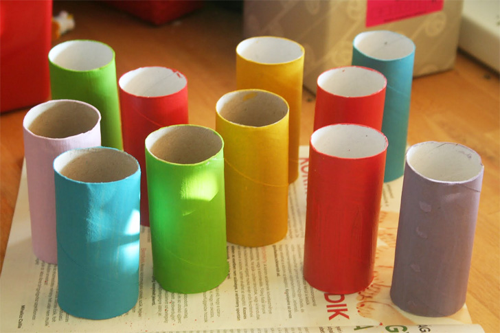 toilet-paper-roll-race-cars02