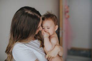 Bebé reconfortado